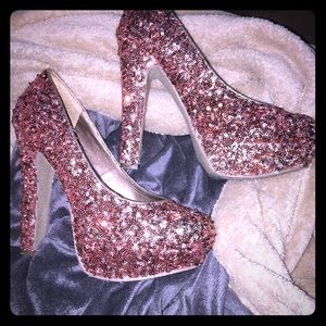 Gorgeous Gold Sequin Platform Heels